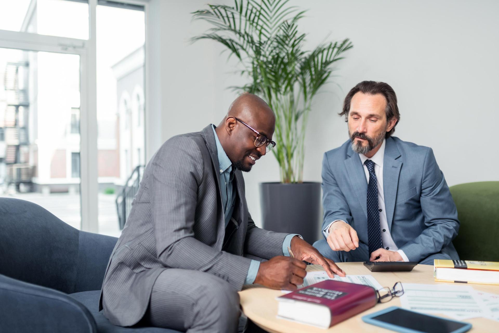 Expert-comptable ou avocat fiscaliste, à qui s'adresser ?