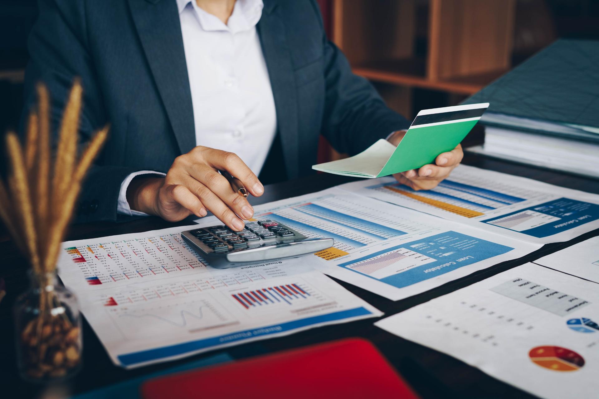 Rémunération des entrepreneurs : Comment choisir entre salaire et dividendes ?